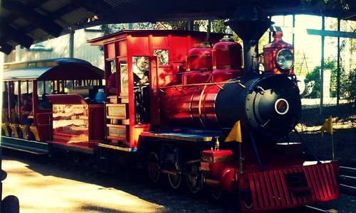 Dreamworld's historic 'Baldwin' steam train returns to service