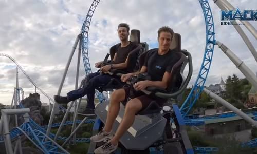 First look at Dreamworld's new world-first spinning seats