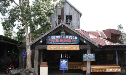 Dreamworld previously modified Thunder River Rapids' conveyor belt