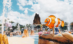 Summer kicks off at Sea World with The Reef at Castaway Bay