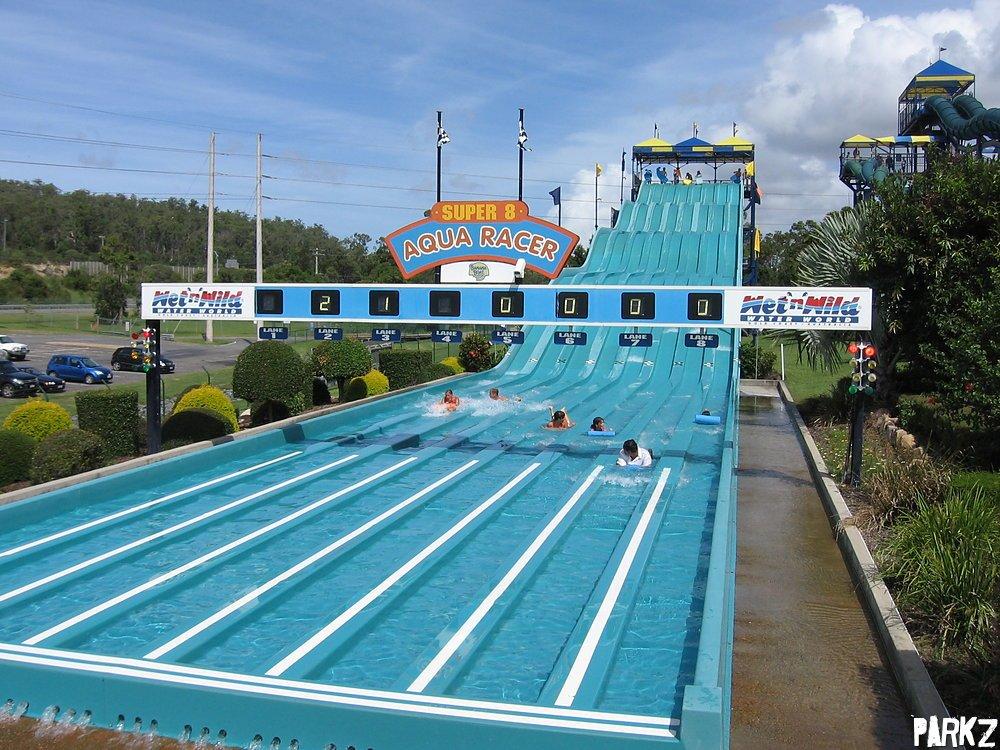super 8 aqua racer water slide at wet 39 n 39 wild gold coast. Black Bedroom Furniture Sets. Home Design Ideas