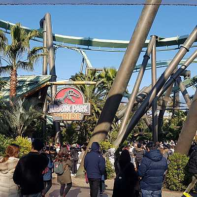 Flying Dinosaur & Jurassic Park: The Ride